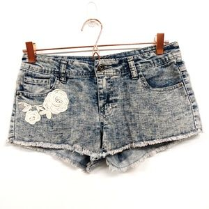 Empyre Shorts - Empyre Raw Hem Embroidered Shorts Distressed Sz 5